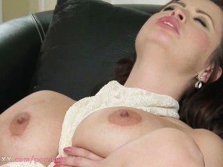 Mom hd big breasted milf é fodido