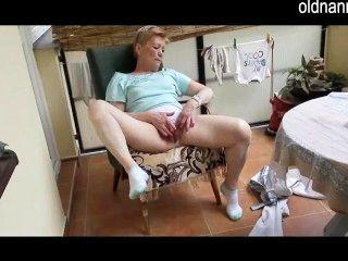 Experiência velha da masturbação da avó