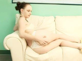 Casting couch cuties 29 cena 1
