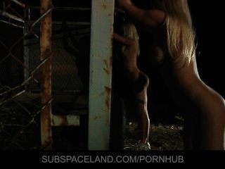 Erica fontes e a raposa de caroline apanhadas em escravidão