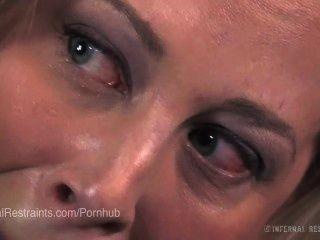 Cherie deville provocada e atormentada em escravidão desconfortável