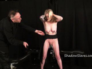 Blonde amador escravo weekays intenso bdsm e bichano tortura de tatuado