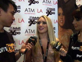 Pornhubtv aj applegate entrevista em 2014 prêmios avn