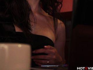 Guinchos asiáticos em um café