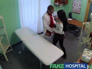 Fakehospital apaixonado redheads apertado pussy causas creampie do médico