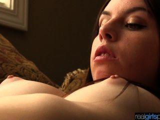 Real 18 anos de idade khloe tenta anal e masturbação cena