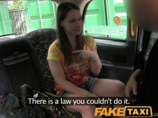 Turista londres faketaxi suga e fode como um profissional