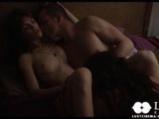 Lust cinema espionando um casal fazendo sexo