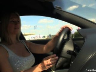 Busty carol goldnerova drives ao redor