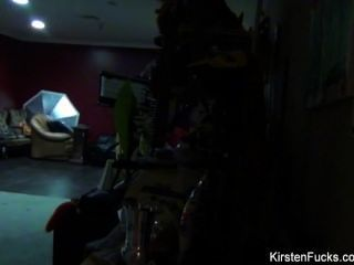 Kirsten preço nos bastidores