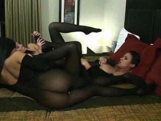 3 menina orgia lésbica de nylon