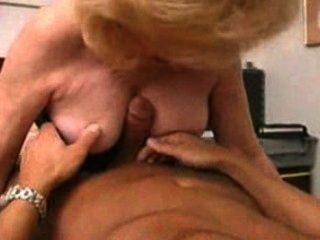 Horny milf kitty fox fodido duro