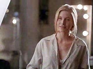 Angelina jolie na primeira cena de sexo !!!