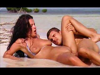 Mulher fantástica sexo anal praia