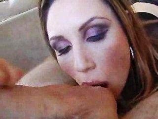 Enche seu pau na minha boca e peitos