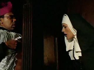 Esta freira pecados e deve confessar