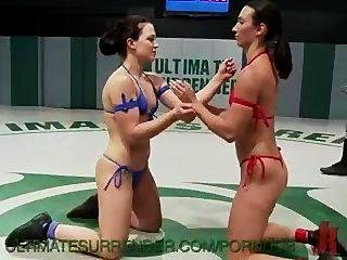 2 modelos de fitness forte batalha