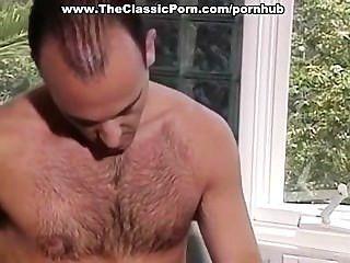 Um par de 80 estrelas pornô fazendo amor