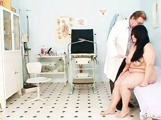 Mamas gordas mamãe rosana gyno exame médico