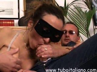 Italiana amadora esposa threesome bresciana