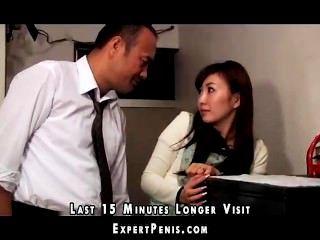 O pai na lei fode a esposa japonesa