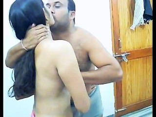 Amador casal indiano fodendo em sua privacidade