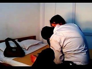 Indian college couple fucking na privacidade registrado por cam escondido