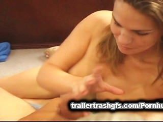 Lésbicas jovens tesão foder um velho sujo!