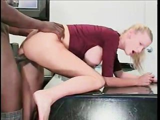 Candi apple fucked by byron longamente intensamente (orgasmo)