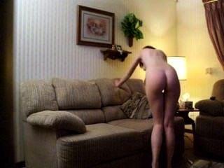 Kaitlin witcher a.k.a piddleass masturbando-se em seu sofá