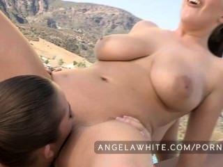 Angela branco e dani daniels fodendo fora