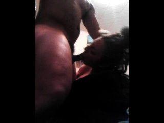 Adolescente grávida é abusada pelo vizinho