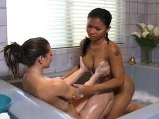 Sensual massagem com priva \u0026 rachel roxxx