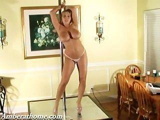 Amber lynn bach sondagem dançando enquanto ela brilha!