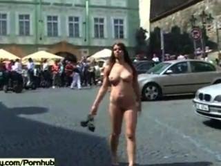 Babes horny nua em ruas públicas