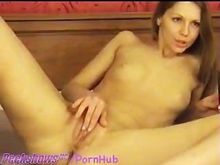 Bonito menina menina dildos na webcam