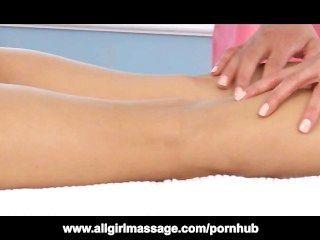 Charmane estrela massagens todas as dobras