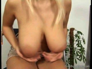 Pamela boobs e pussy play
