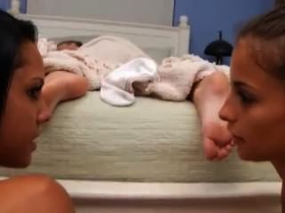 Lésbica pés dormindo adoração