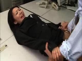 Foda preta japonesa do bukkake da senhora do escritório do terno