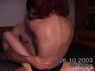 Namorada realmente quente monta seu namorado na webcam