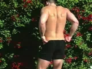 Sr.Muscleman steven posando