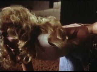 1979 duas irmãs spanking cena