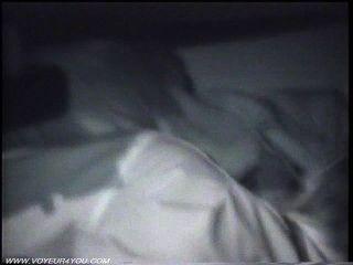 Meia-noite sexual casal fodendo no carro