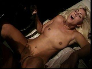 Perverted stories 25 cena 1
