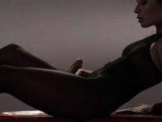 Colega de escola quente em meia-calça masturbando