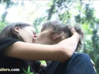 Blowjob aventura na floresta