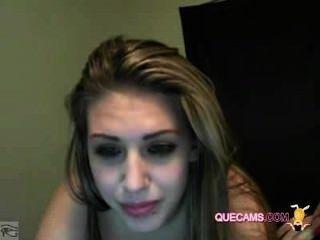 Menina deslumbrante realizar sessão webcam 9064