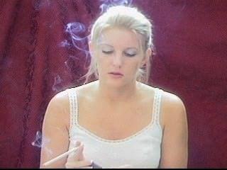 Blonde smoking 120 parte 4