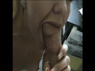 Blonde amador candi grande boquete